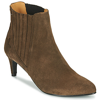 Emma Go CHELSEA women's Low Ankle Boots in Brown. Sizes available:5,6